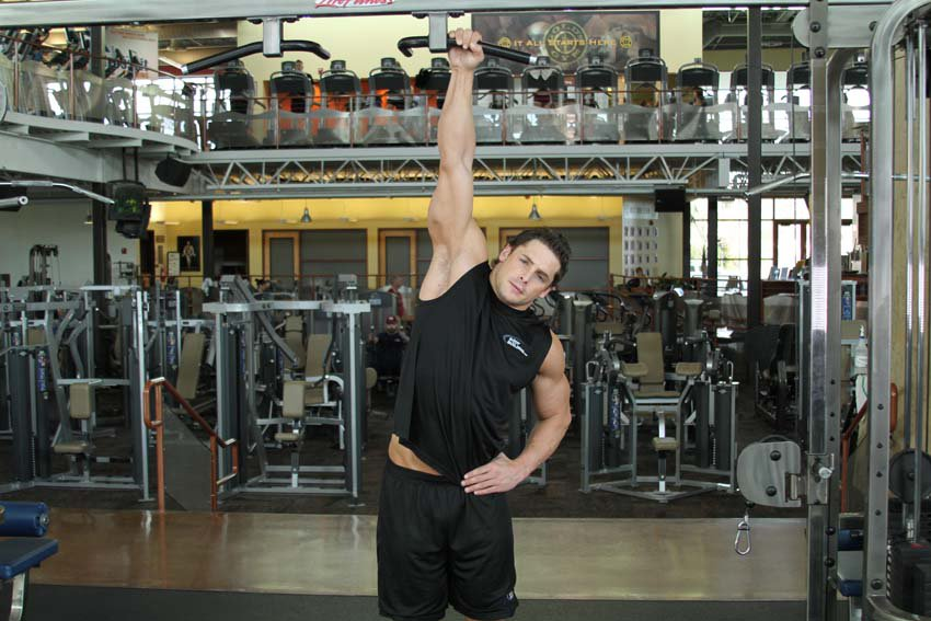 Упражнение Вис на одной руке