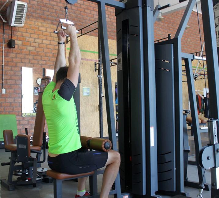 Exercise V-Bar Pulldown