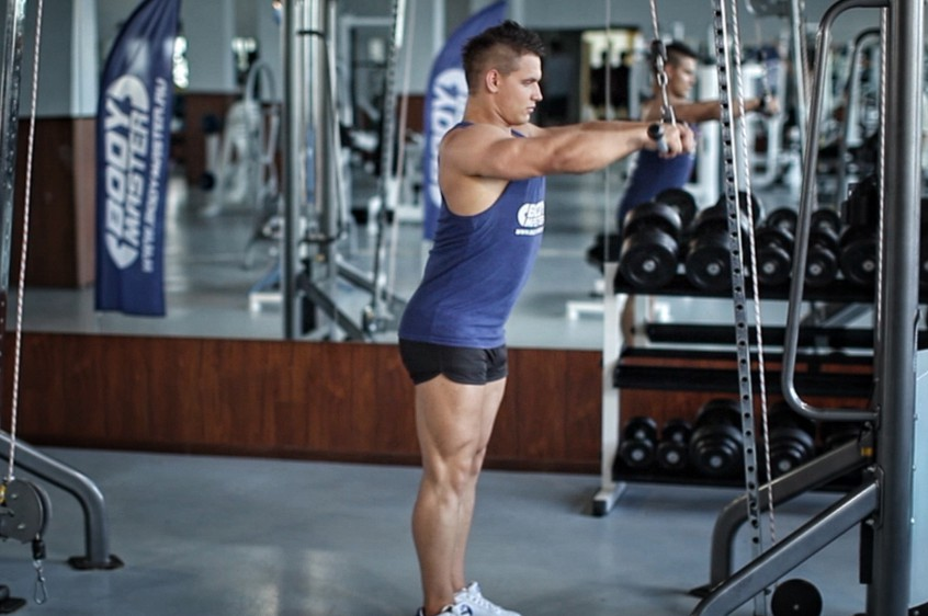Exercise Straight-Arm Pulldown