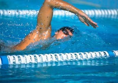 Упражнение Плавание кролем на груди